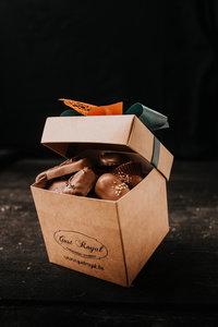 Doosje melk chocolade pralines 1 kg